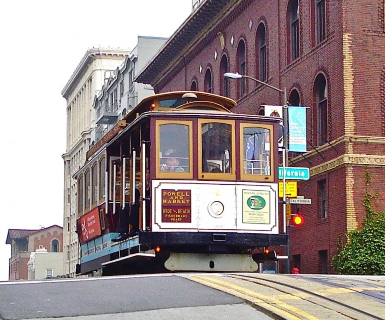 San Francisco hosted the first Cable Cars in the world