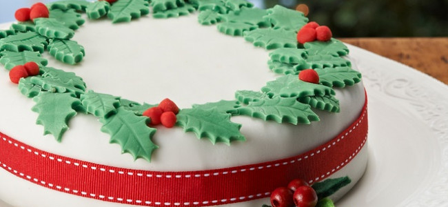 It's time to start baking the perfect 'Sloaney Christmas Cake'