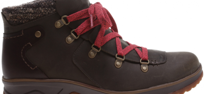 Walk your way to fitness in the Merrell Eventyr Bluff walking boot