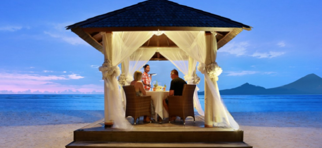 Experience spectacular sunsets at Hotel Ombak Sunset on the Gili Islands