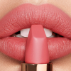 Summer kisses with the new Charlotte Tilbury lipstick