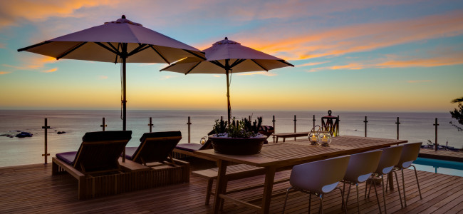 Enjoy breathtaking views of Cape Town at Cape View Clifton