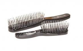 Beauty Buzz: The Michael Van Clarke No. 1 Brush is the ultimate detangling tool