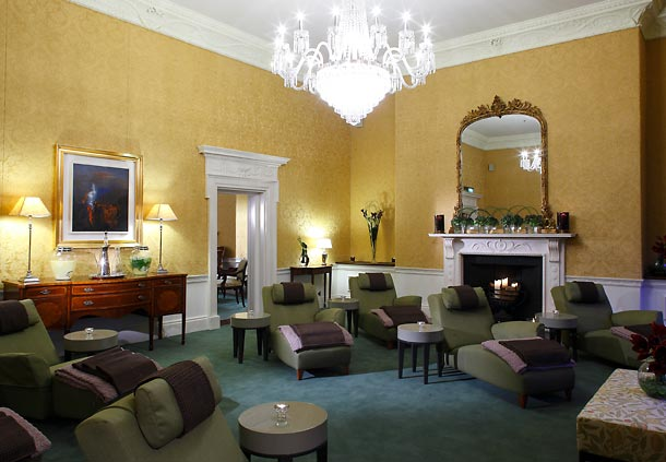 The spa boasts a traditional relaxation room