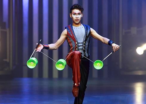 Cirque du Soleils Quidam mesmerise the audience at the
