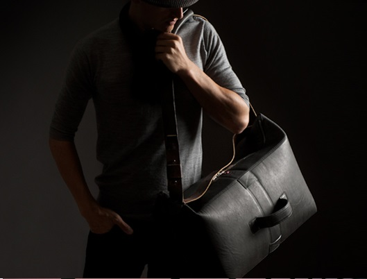 Minimalist and traditional styles are popular for Men's Bags
