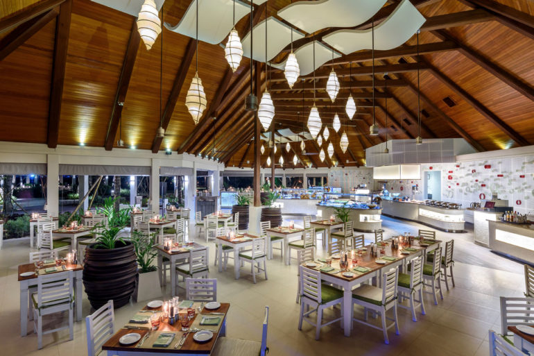 The buffet at Kurumba Maldives